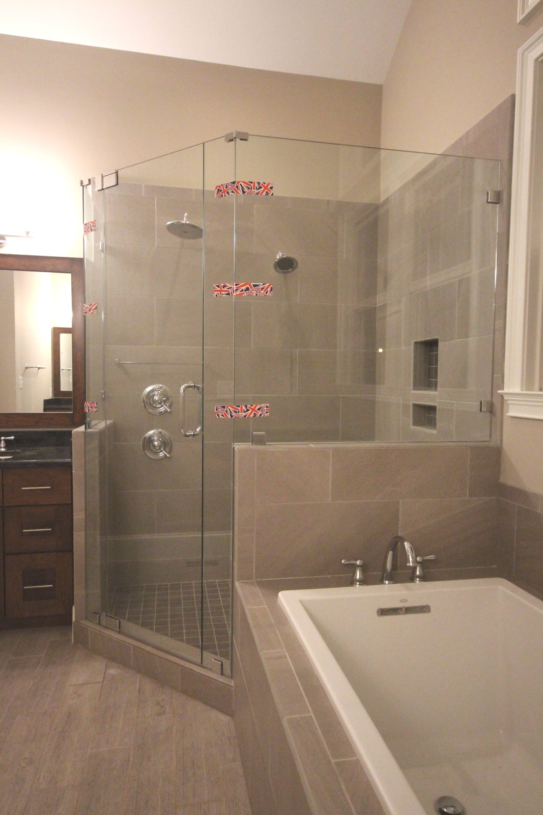 Neo Angle Shower Enclosures – Mia Shower Doors