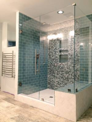 Glass tiles with low iron glass enclosure